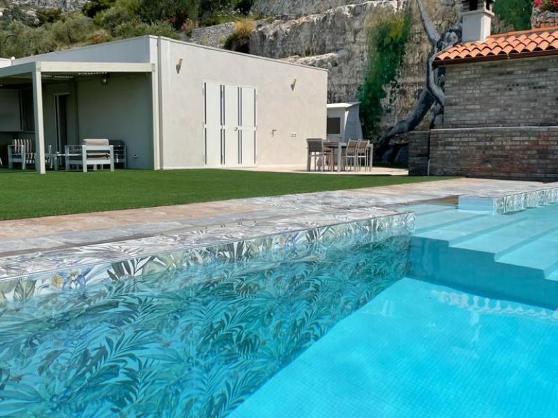 Swimming pool in private villa, Apulia