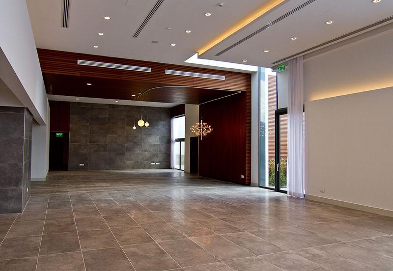 Floor and Wall: Unika Smoke 60x120.