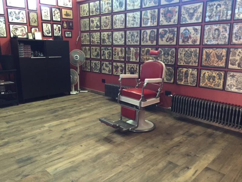 Studio de tatouage, Abruzzes
